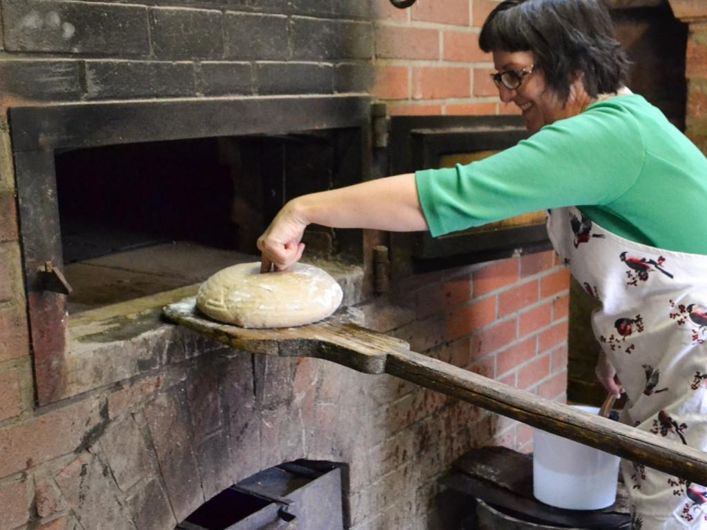 Jedes Brot braucht einen Bauchnabel