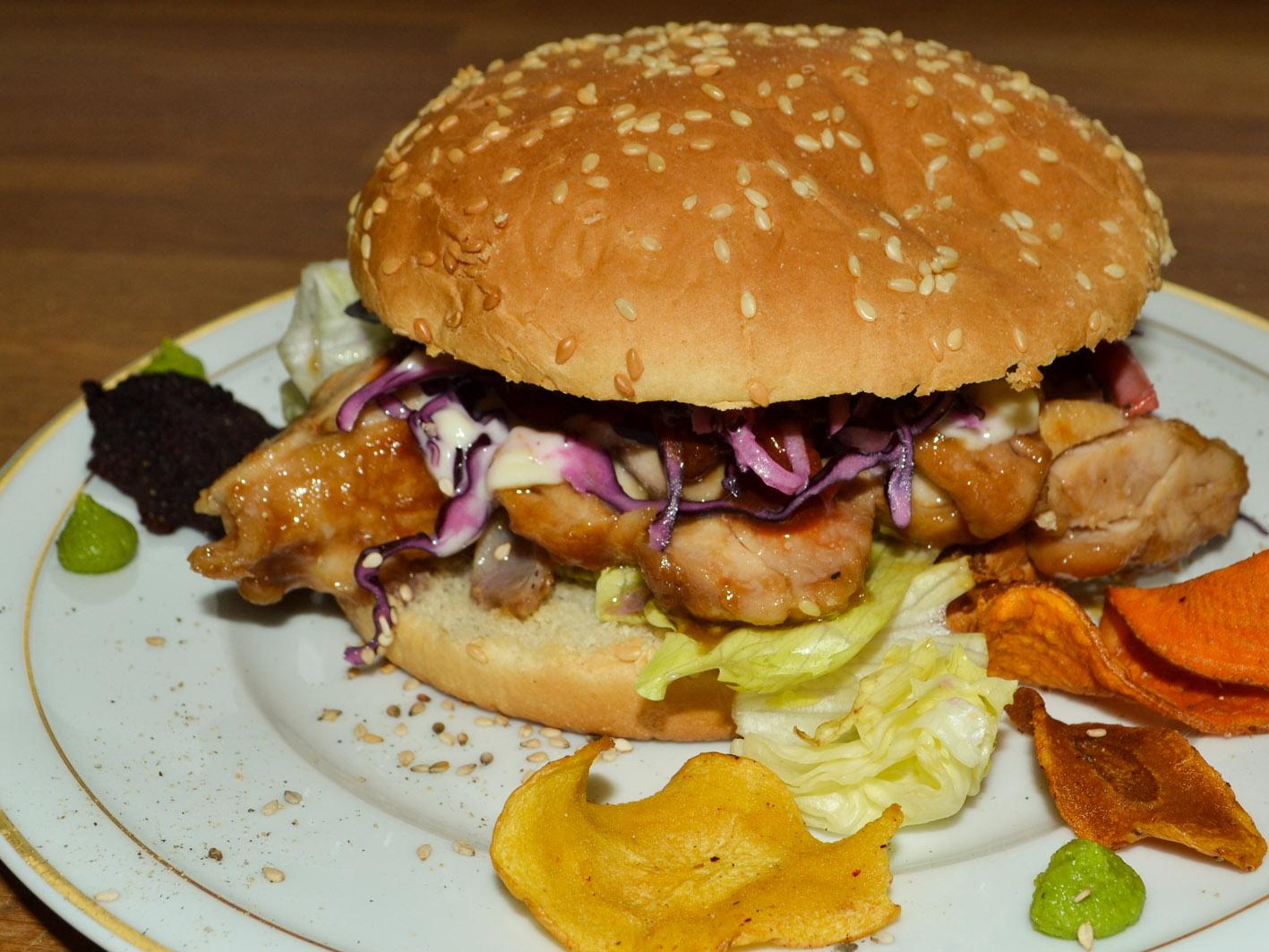 Teriyaki Burger lecker und einfach mit Hühnchen fraubpunkt rezept