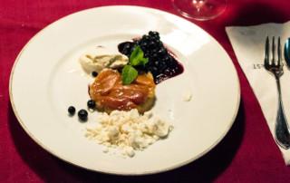 FrauBpunkt Tarte Tatin Aprikosen Heidelbeeren Dessert Flambieren BBQ (3 von 11)