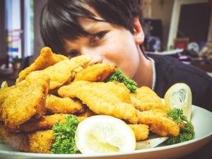 Wiener Schnitzel Kartoffelsalat Tischkultur FrauBpunkt (21 von 37)