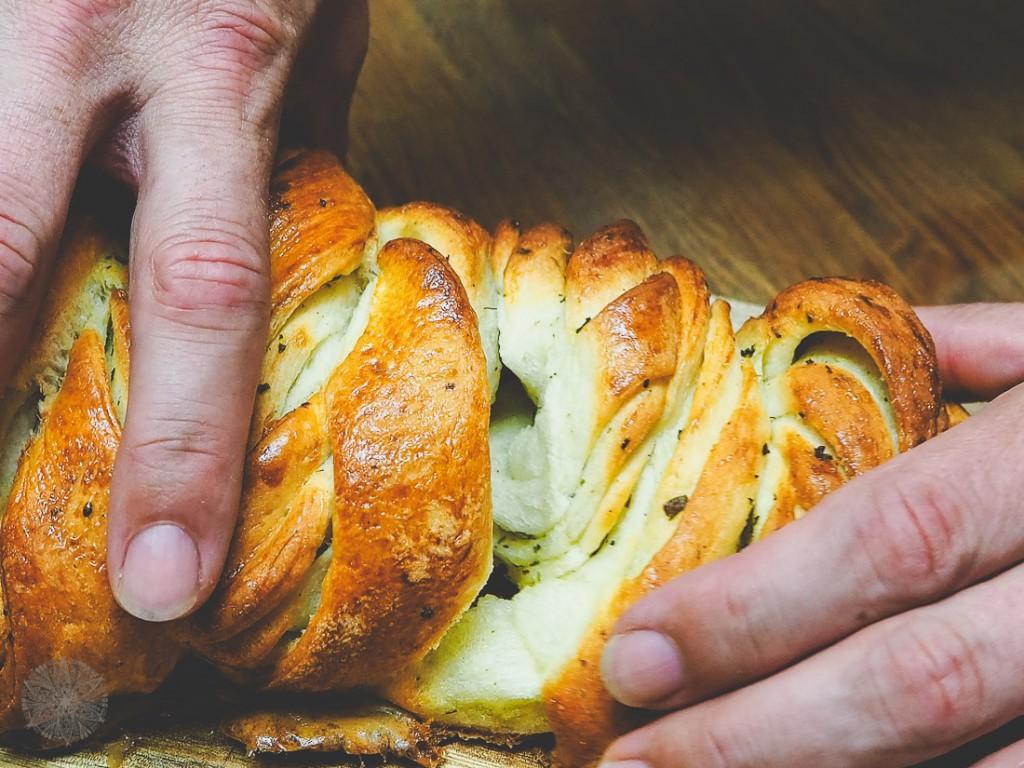 Zupfbrot BBQ Brot Kräuterbutter FrauBpunkt (10 von 18)