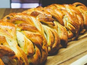 Zupfbrot BBQ Brot Kräuterbutter FrauBpunkt (9 von 18)